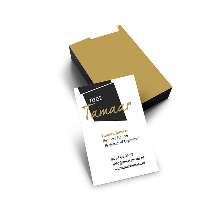 mettamaar_business-card-mockup